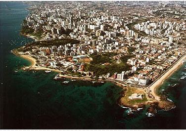 Foto aérea de Salvador. Crédito: site oficial da Bahiatursa