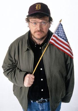 Michael Moore discute a fixação americana por armas e o bullying nas escolas em Tiros em Columbine