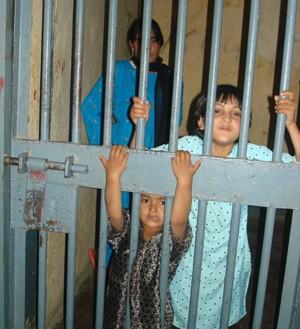 Crianças detidas no Afeganistão