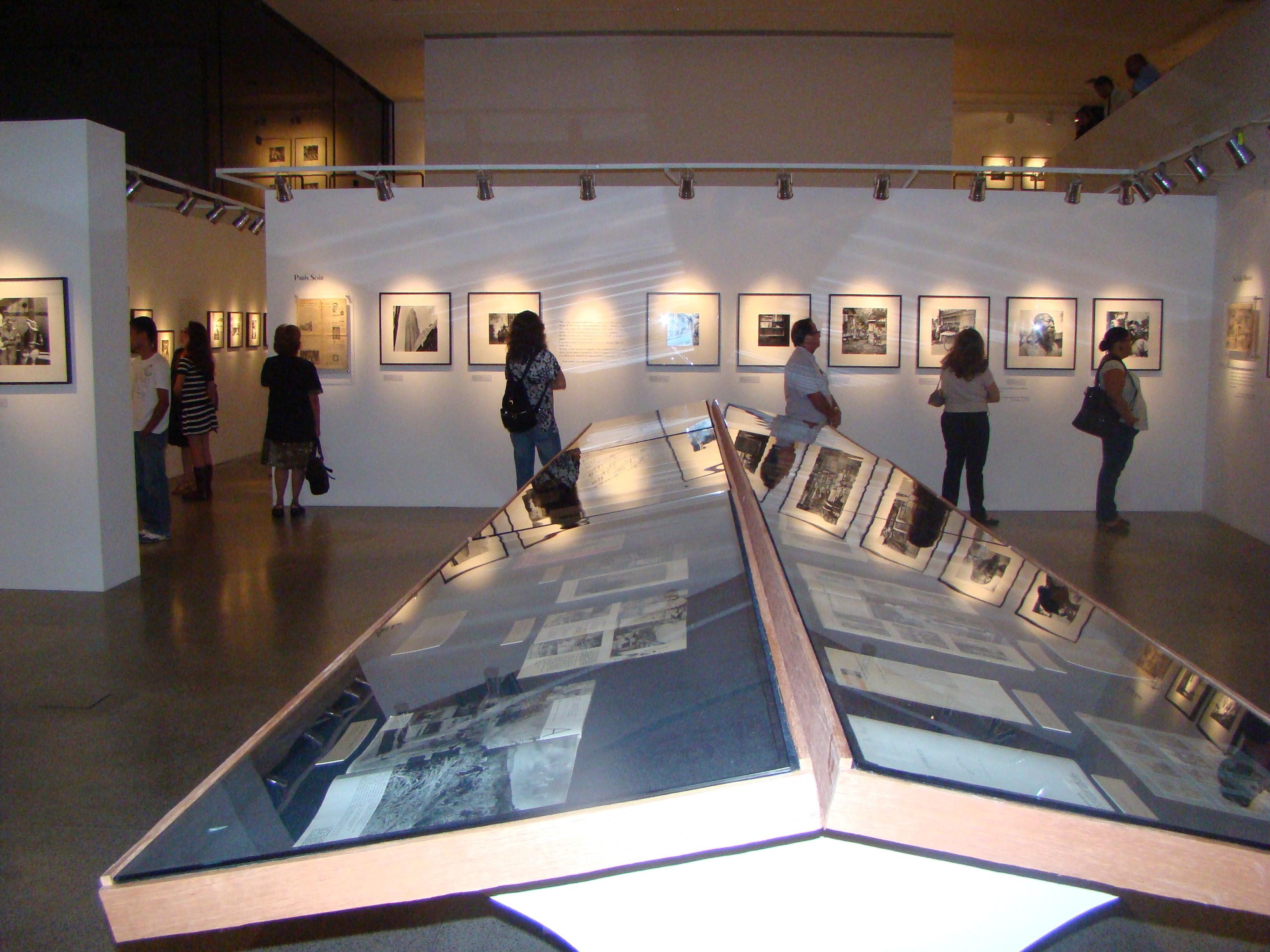 Abertura da mostra Verger anos 30 no Palacete das Artes. Crédito da Foto: Genilson Coutinho - Divulgação