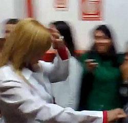 Geisy Arruda sai escoltada da Uniban