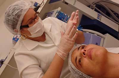 tratamento para manchas no rosto | foto: conversa de menina