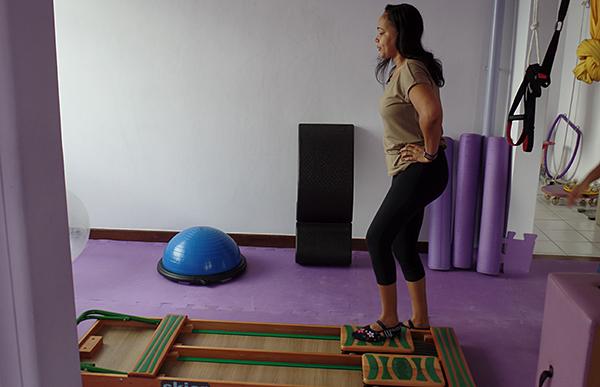 A prática promoveu o fortalecimento muscular e mais flexibilidade