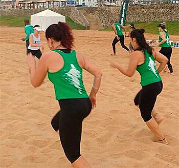 preparação física na areia | foto: conversa de menina